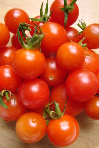 Homegrown organic cherry tomato yumminess